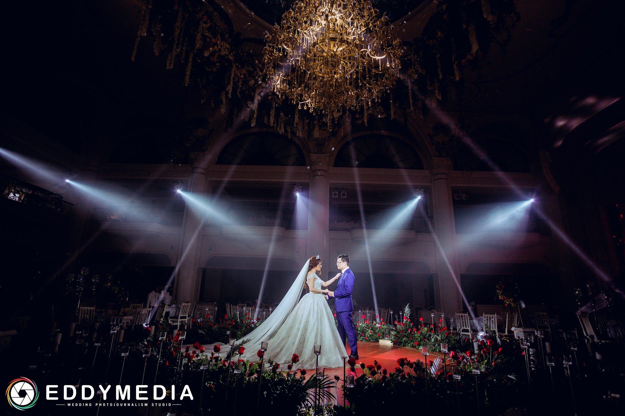 Chụp phóng sự cưới ở Hà Nội - Chụp phóng sự cưới ở Sen Tây Hồ