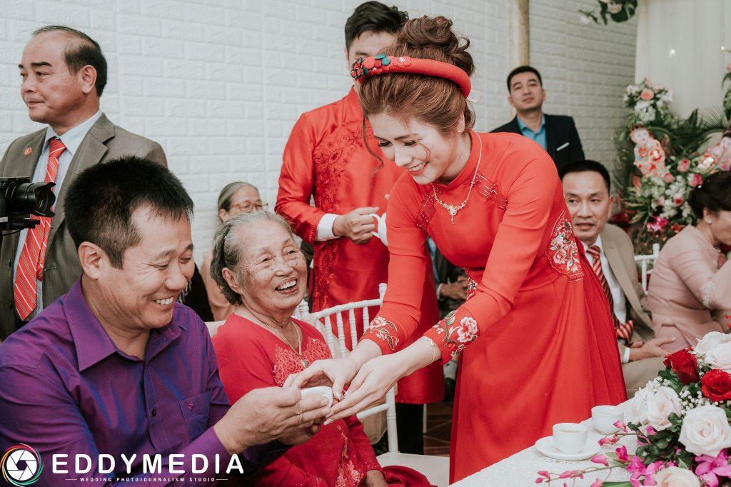 Chụp ảnh lễ ăn hỏi đẹp ở Hà Nội