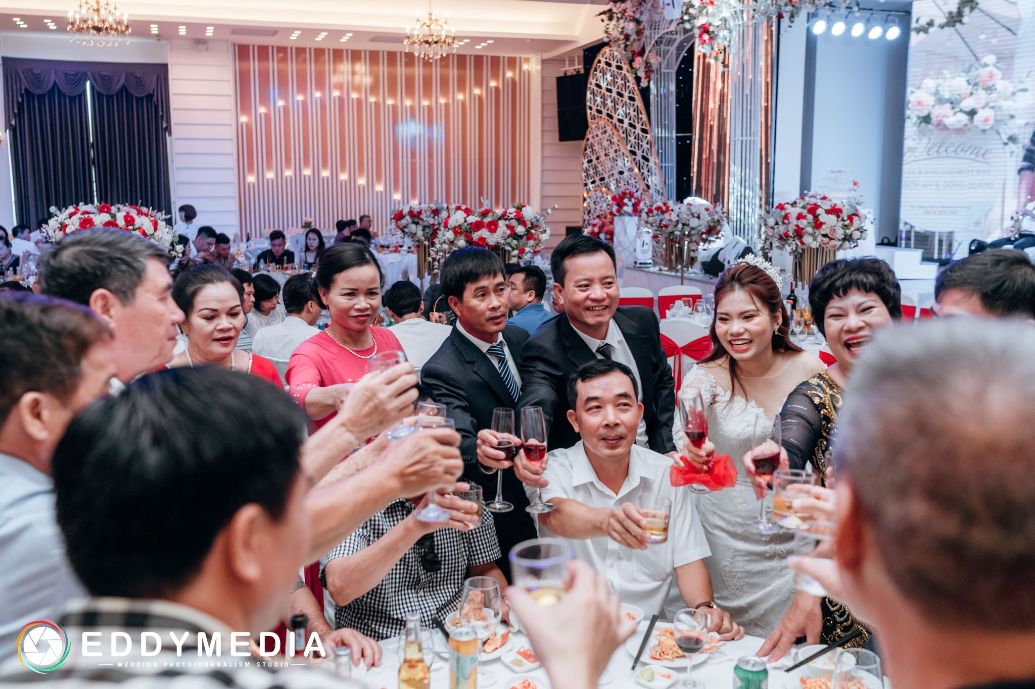Phongsucuoi giavien DongQuang QuachMy EddyMedia 90 Chuẩn bị đám cưới trong 2 tháng